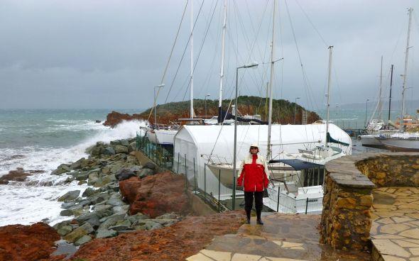 Nina framför uppläggningsplatsen