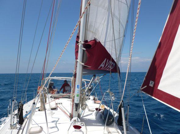 På väg till Cetraro fick vi segla på riktigt, vilket inte är vardagsmat på Medelhavet