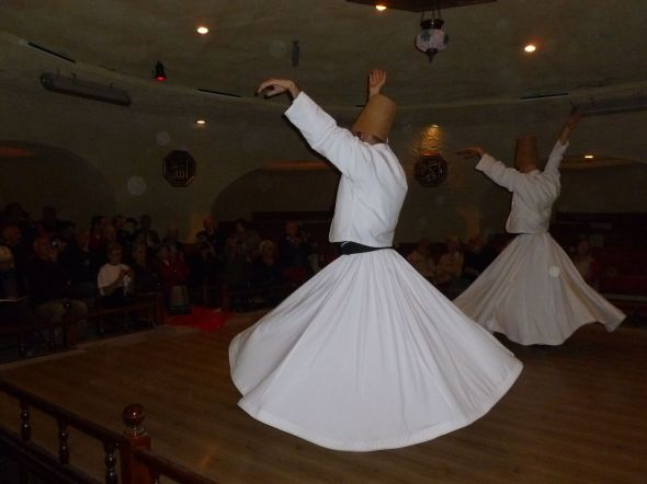 The whirling dervishes är en del av den turkiska kulturen