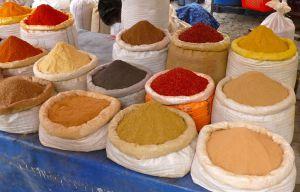 Kryddor på marknaden i Göreme