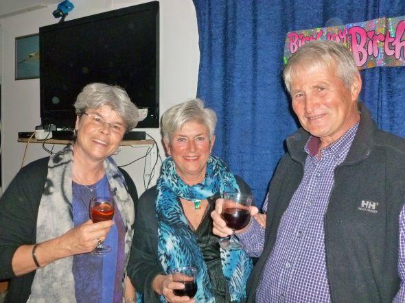 NIna, Magnhild och Hans