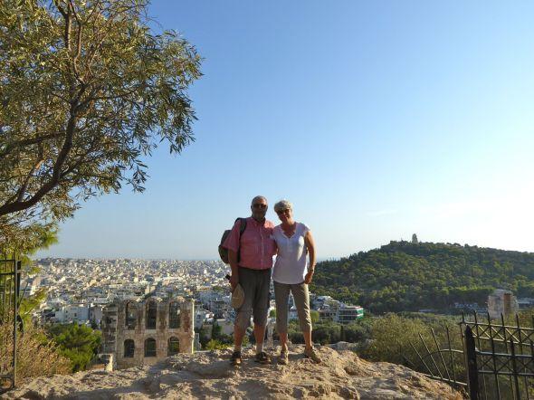 På väg upp till Akropolisklippan